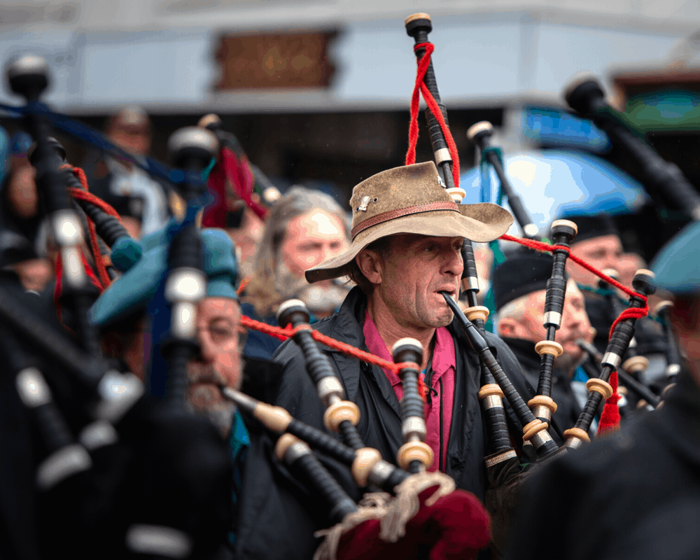 Farmer on the bagpipes